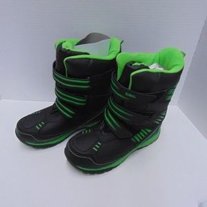 Totes Kids Lucas Green and Black Outdoor Boots 6M